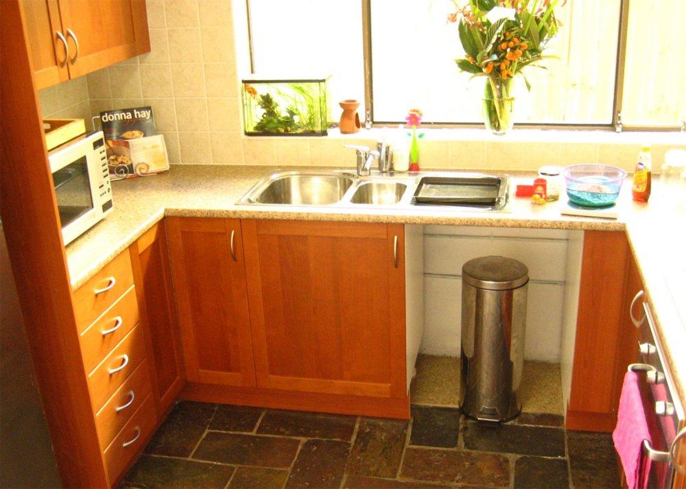 Как сделать ремонт своими руками в маленькой кухне фото 1
