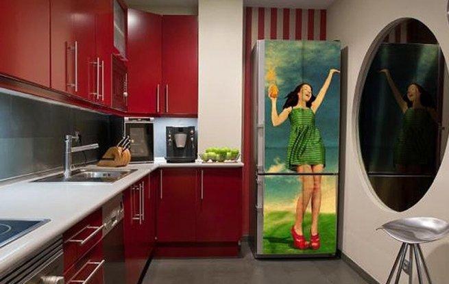 Чёрный холодильник в интерьере фото