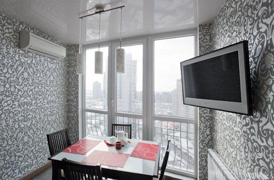 Дизайн объединения кухни с балконом