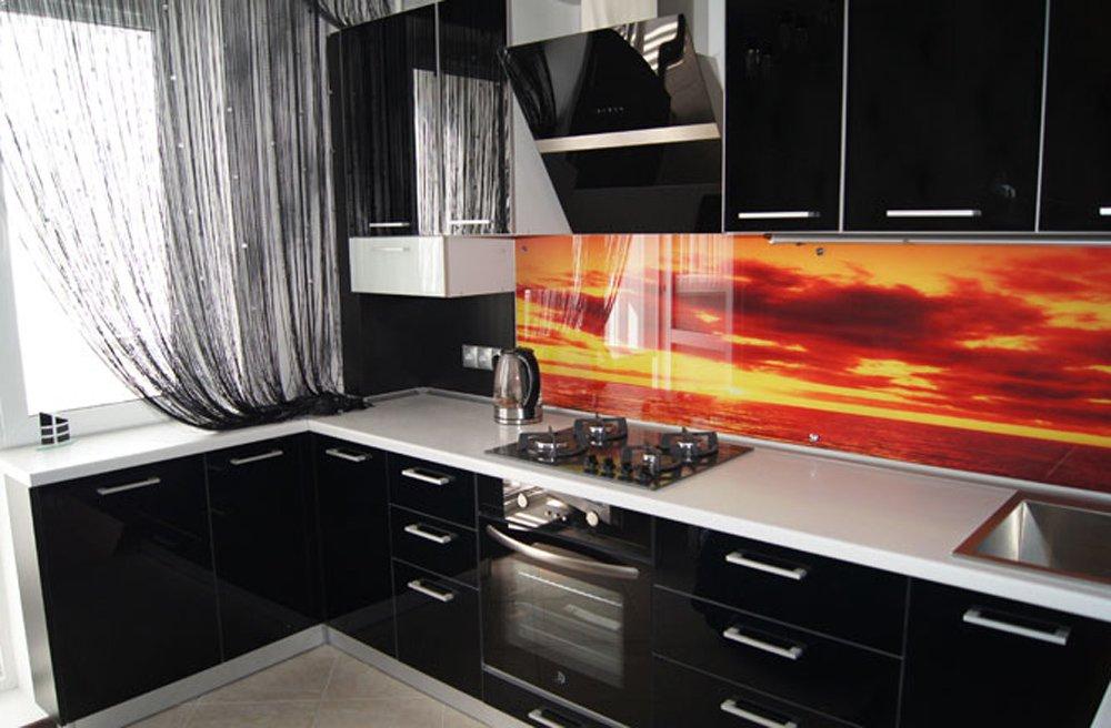 Интерьер черной кухни фото