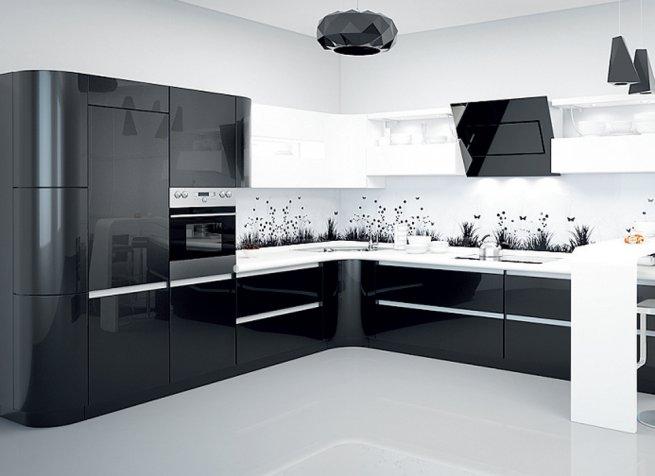 Чёрно белая кухня в интерьере