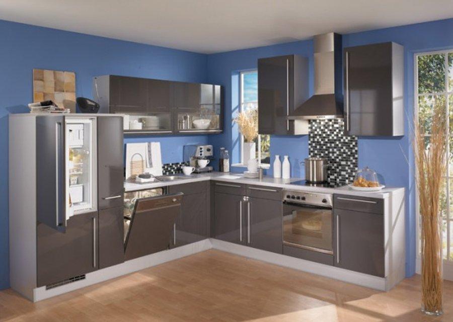 Интерьер серой кухни фото