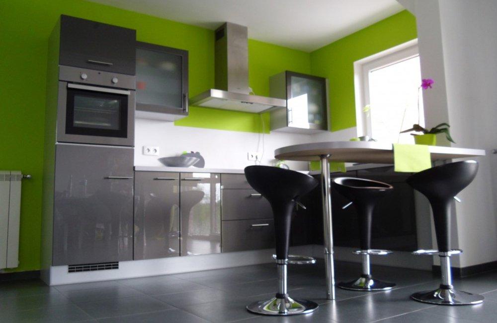 Дизайн серая кухня