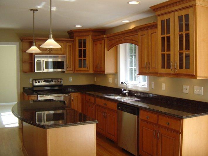 расположение кухонной гарнитуры по квадрату