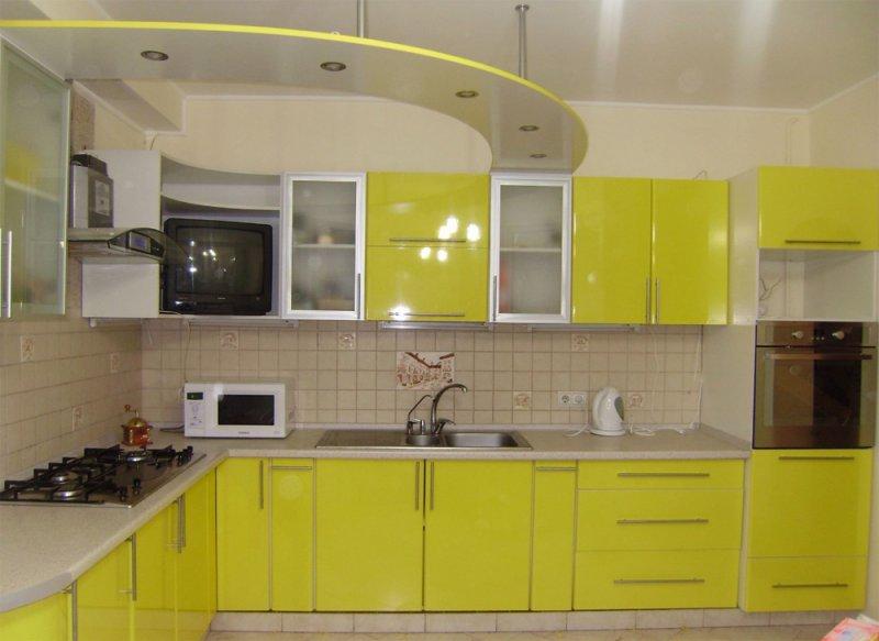 желтый гарнитур